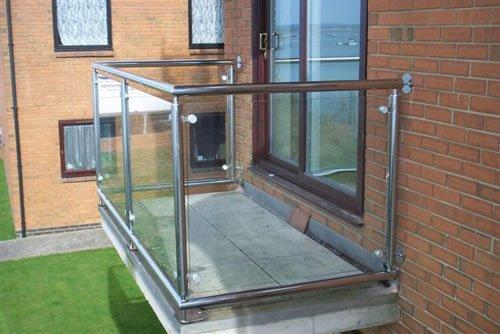 Railings and balconies blackpool fylde glass for Balconies or balconies